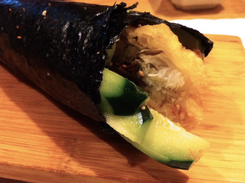 Akasaka_Soft_Shell_Crab_Hand_Roll