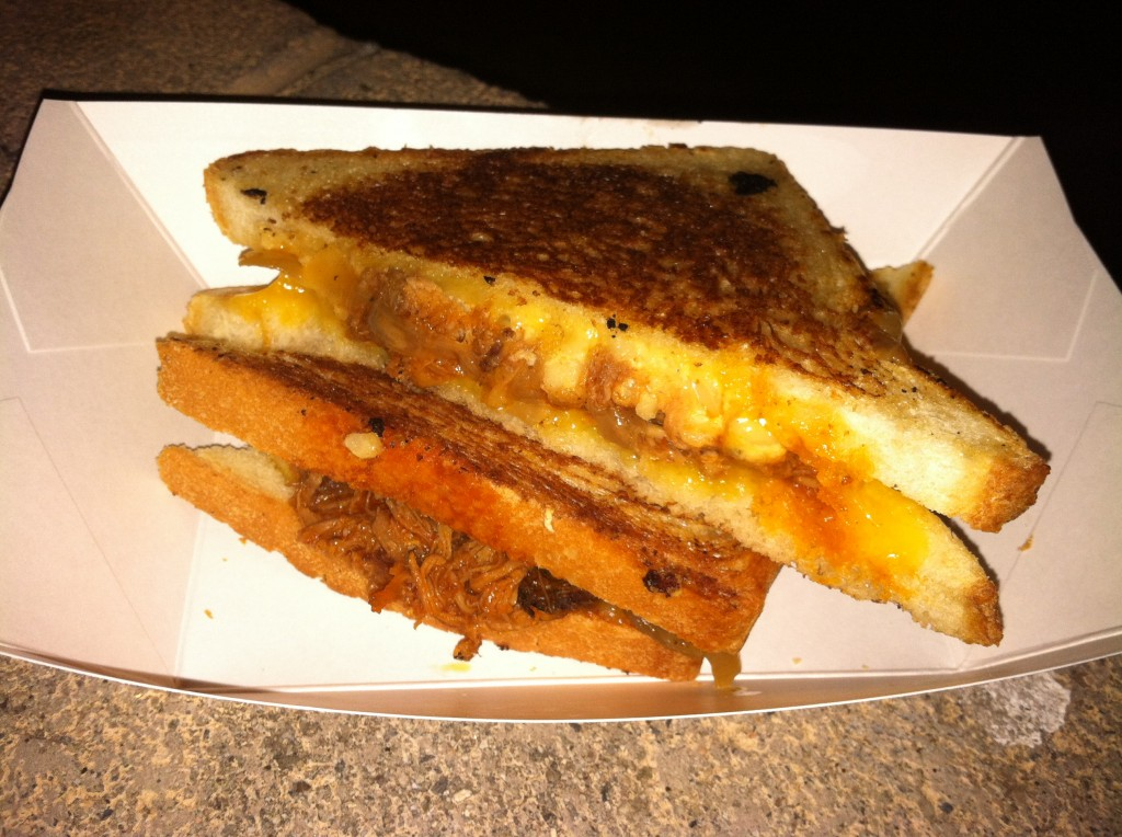 the grilled cheese truck cheesy mac and rib