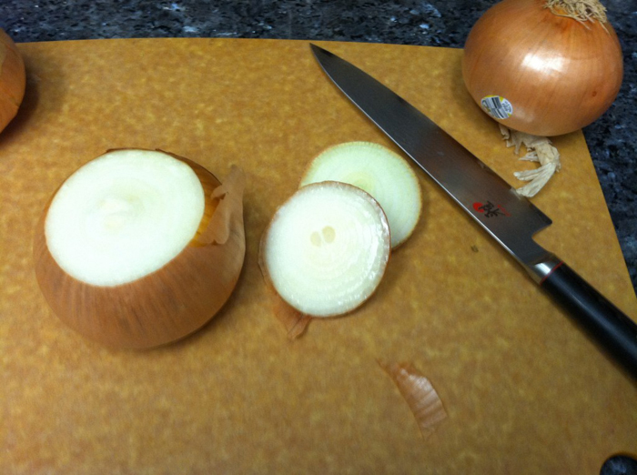 how to cut an onion - step 2