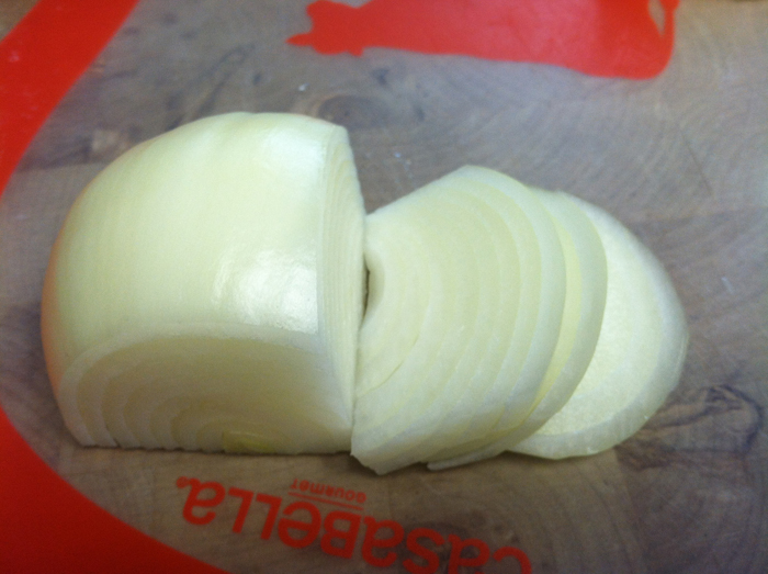 how to cut an onion julienne cut