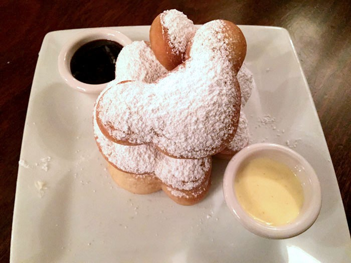 disneyland mickey shaped beignets